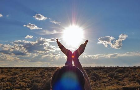 hands hope sun